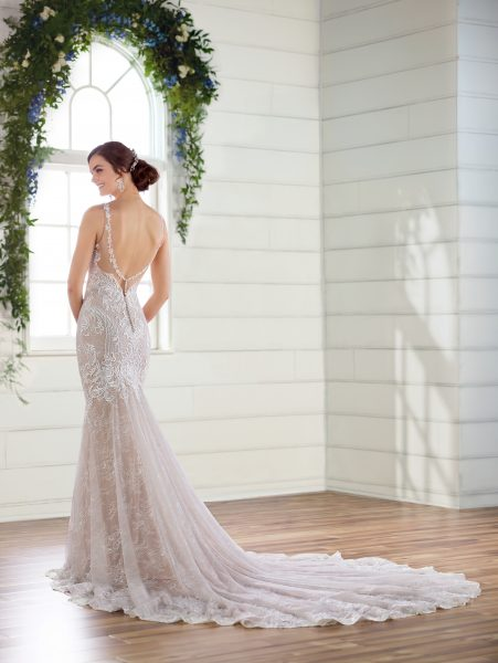 V-neck lace fit and flare wedding dress by Essense of Australia - Image 2