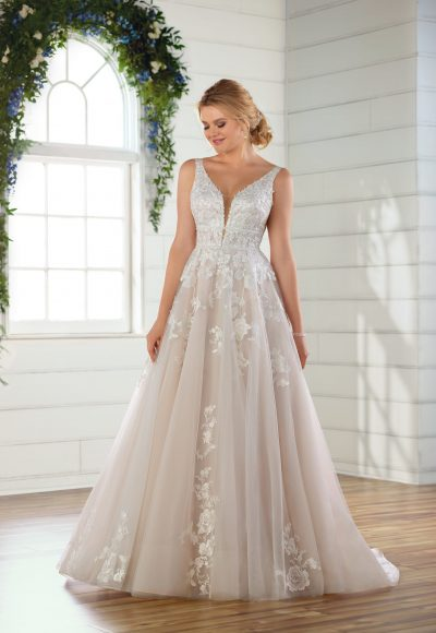 Sleeveless V-neck floral lace embroidered A-line wedding dress by Essense of Australia