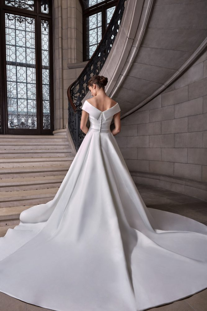 Simple Silk Ball Gown Wedding Dress by Sareh Nouri - Image 2
