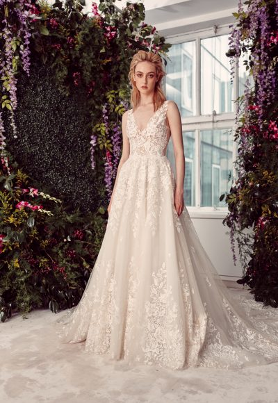 Sleeveless V-neck Lace Ball Gown Wedding Dress by Rivini