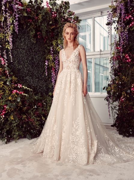 Sleeveless V-neck Lace Ball Gown Wedding Dress by Rivini - Image 1