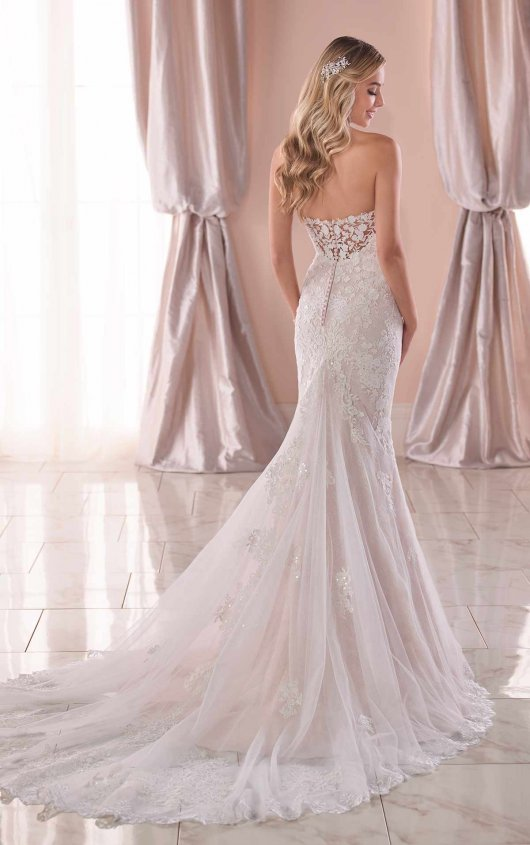 Strapless Sweetheart Lace Fit And Flare Wedding Dress by Stella York - Image 2