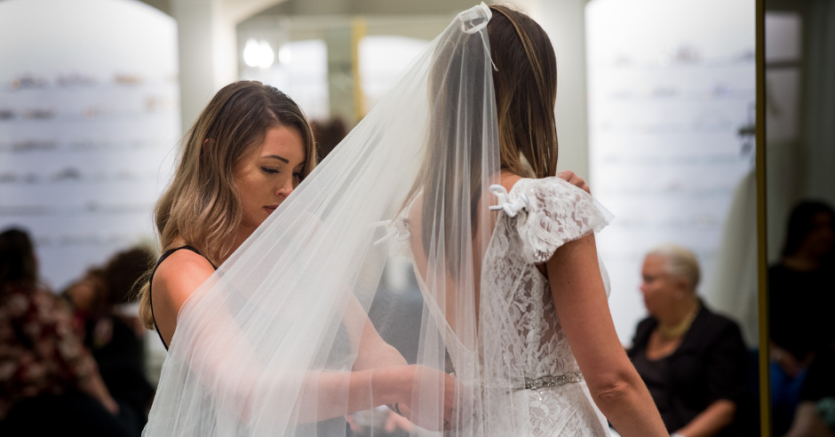 Why Our Consultants Recommend Shopping Alone Kleinfeld Bridal