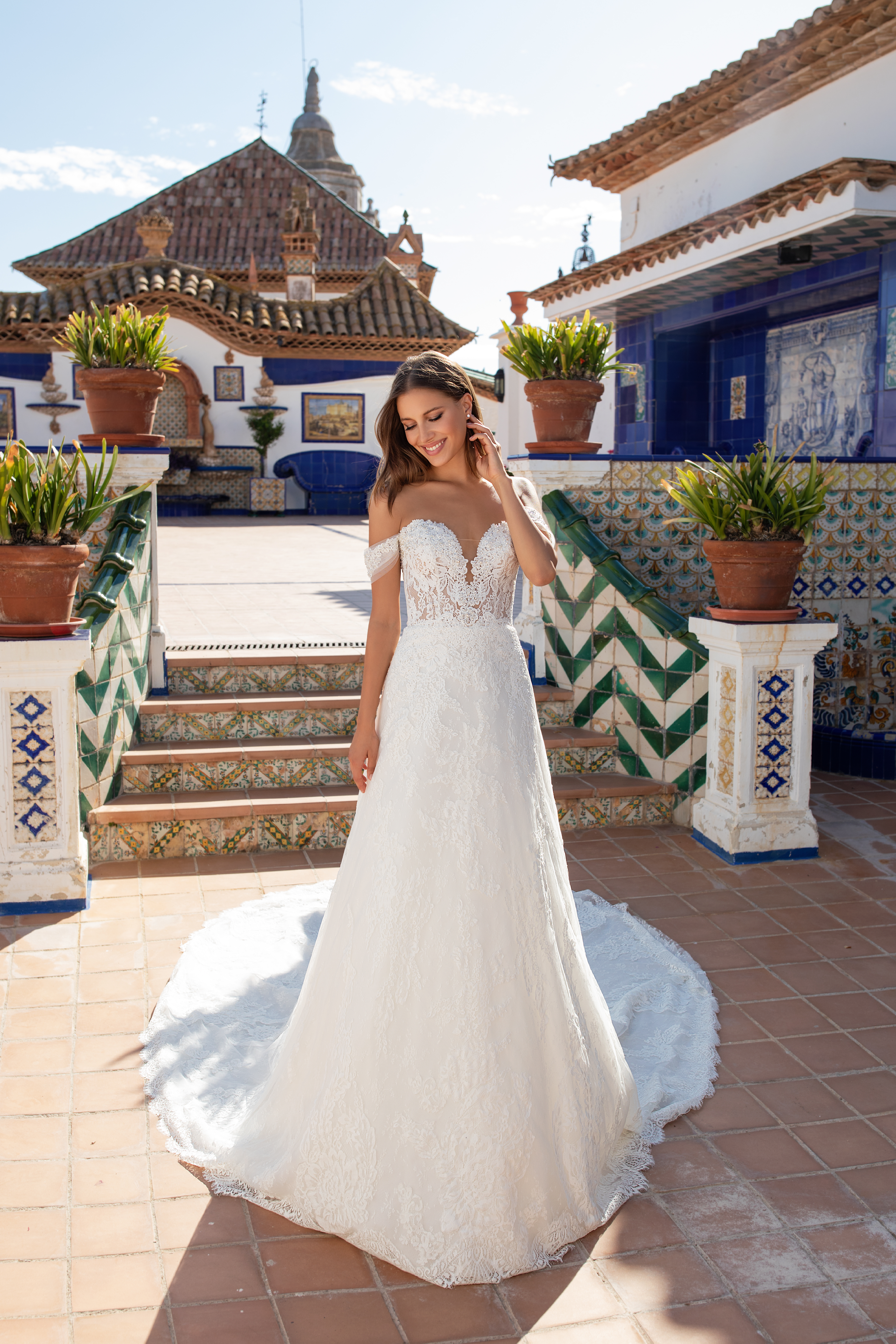 Off The Shoulder Sweetheart Neckline A Line Lace Wedding Dress With Sheer Corset Bodice Kleinfeld Bridal