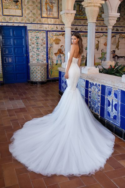 Strapless sweetheart neckline lace mermaid wedding dress with tulle skirt by Pronovias x Kleinfeld - Image 2