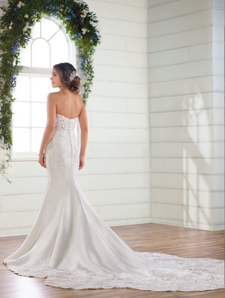 Strapless Sweetheart Fit And Flare Wedding Dress by Essense of Australia - Image 2