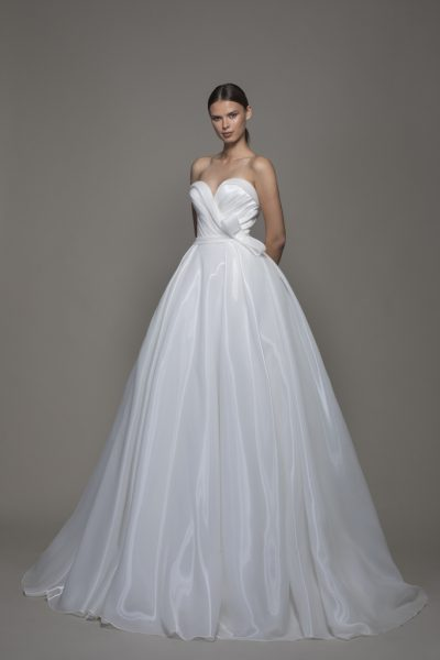 Liquid Organza Strapless Sweetheart Neckline Ball Gown Wedding Dress by Pnina Tornai - Image 1