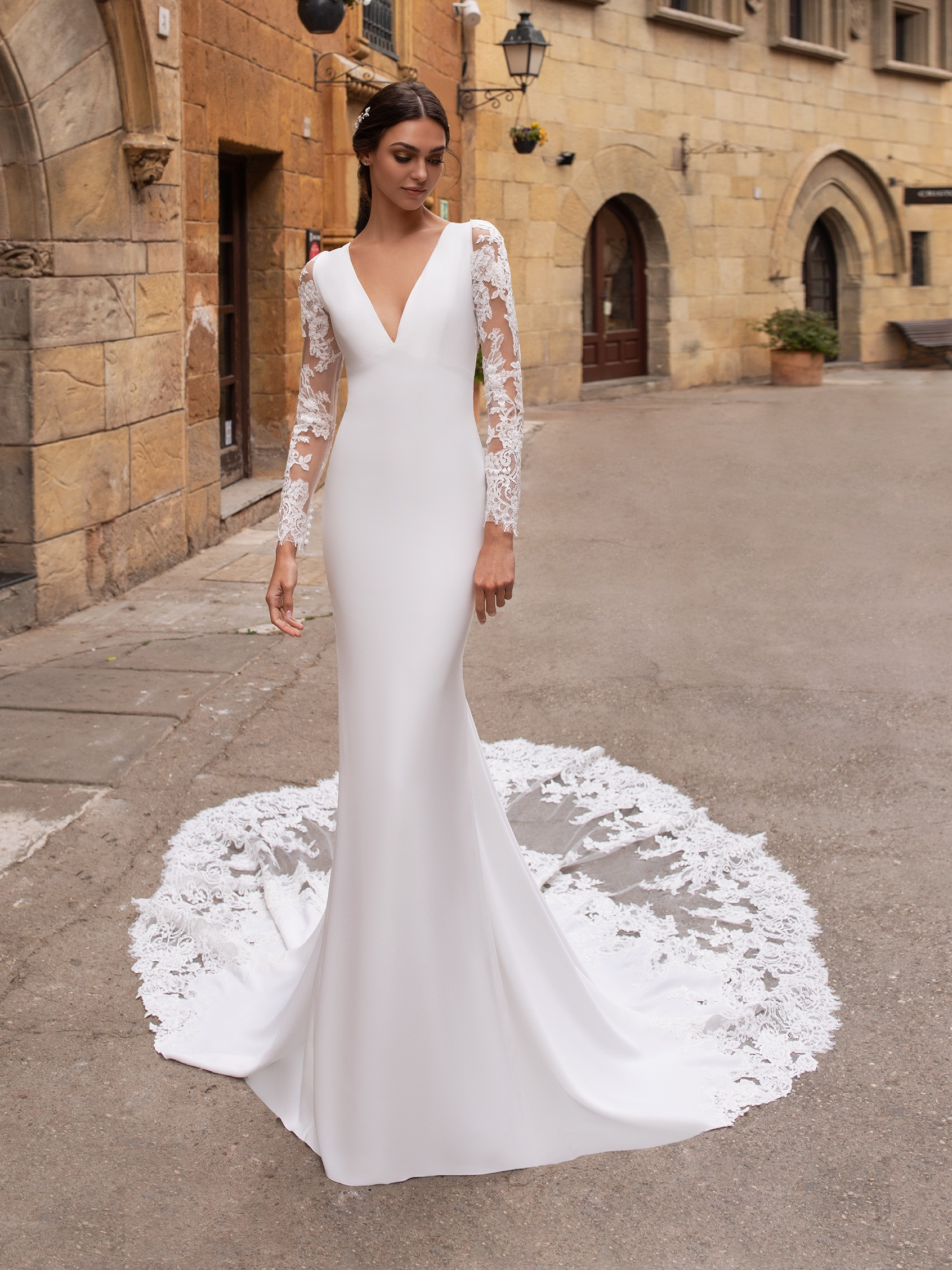 Sheath Wedding Dress With Sleeves