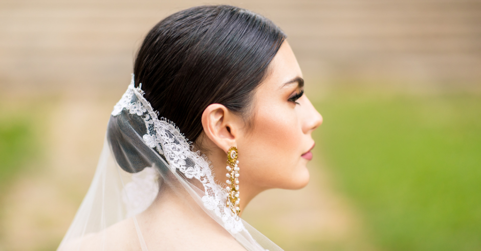 How To Find The Right Earrings For Your Wedding Dress Kleinfeld