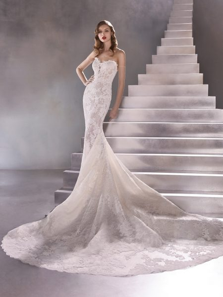 Strapless Sweetheart Mermaid Wedding Dress With Scalloped Train by Pronovias - Image 1