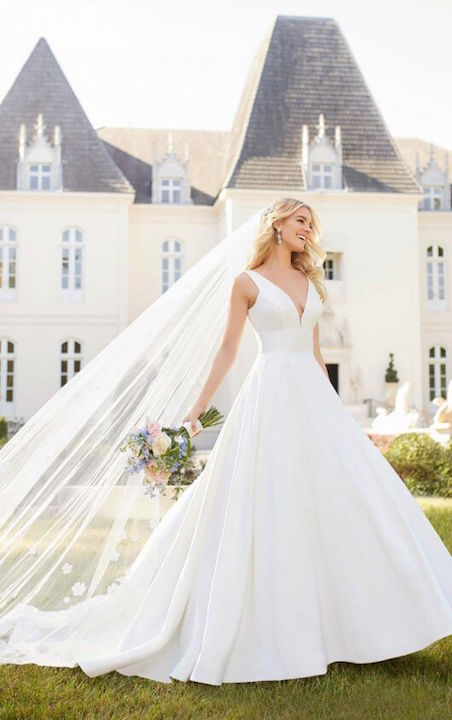 Sleeveless V-Neck Ballgown Wedding Dress With Buttons Down The Back by Stella York - Image 1