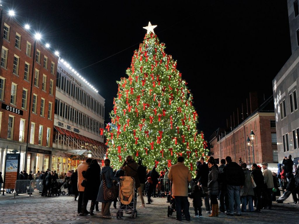 Getty Images South Street Seaport Christmas