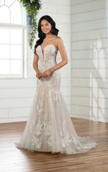 Strapless Sweetheart Fit And Flare Lace Wedidng Dress by Essense of Australia - Image 1