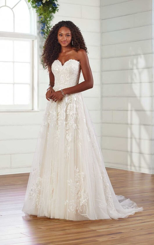 Strapless Sweetheart Neckline A-line Wedding Dress by Essense of Australia - Image 1