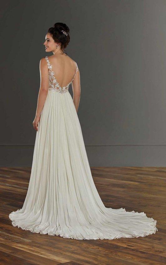 Sleeveless Lace Sheath Wedding Dress With Slit by Martina Liana - Image 2