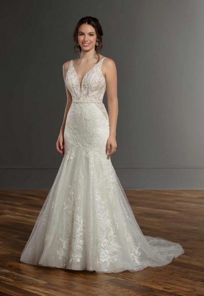 Sleeveless V-neck Lace Mermaid Wedding Dress by Martina Liana