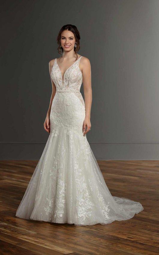 Sleeveless V-neck Lace Mermaid Wedding Dress by Martina Liana - Image 1