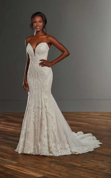 Strapless Fit And Flare Lace V-neck Wedding Dress by Martina Liana - Image 1