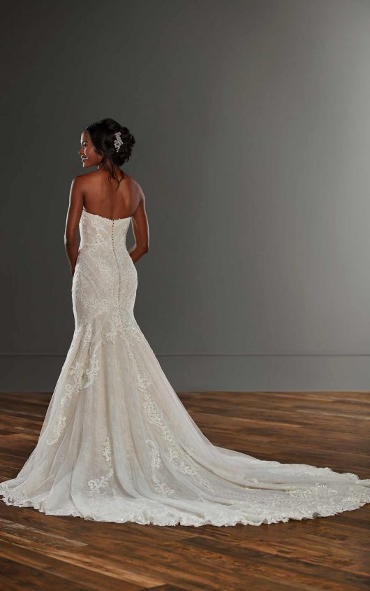Strapless Fit And Flare Lace V-neck Wedding Dress by Martina Liana - Image 2