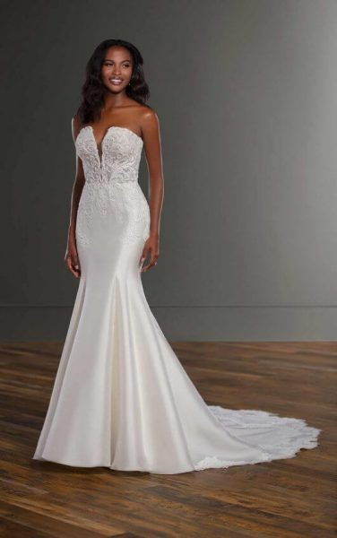 Strapless Silk Fit And Flace Wedding Dress by Martina Liana - Image 1