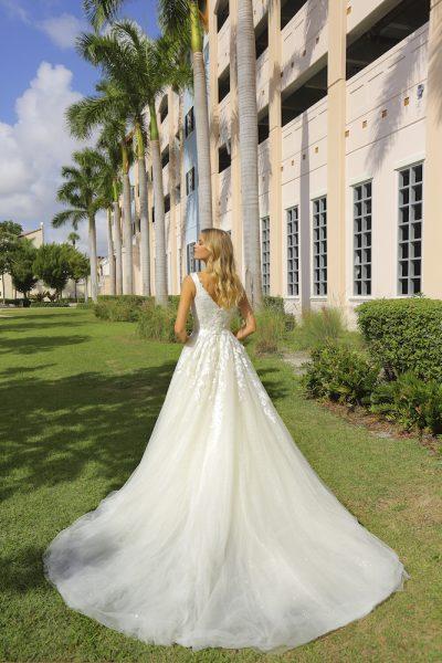 Sleeveless Tulle Ball Gown Wedding Dress by Randy Fenoli - Image 2