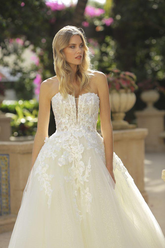 Strapless Tulle Ball Gown Wedding Dress Kleinfeld Bridal