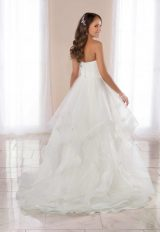 Strapless Ballgown Wedding Dress With Horsehair Skirt. by Stella York - Image 2