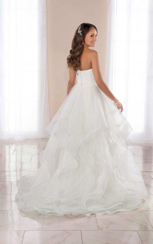 Strapless Ballgown Wedding Dress With Horsehair Skirt. by Stella York - Image 2