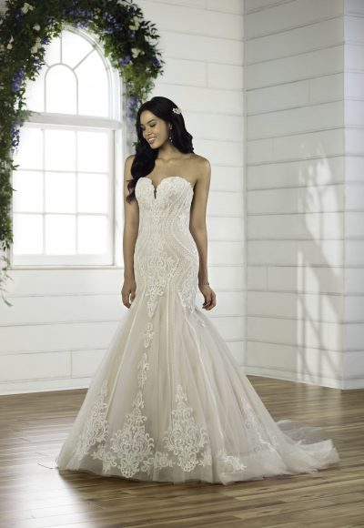 Strapless Sweetheart Neckline Fit And Flare Wedding Dress With Lace Details And Beading by Essense of Australia