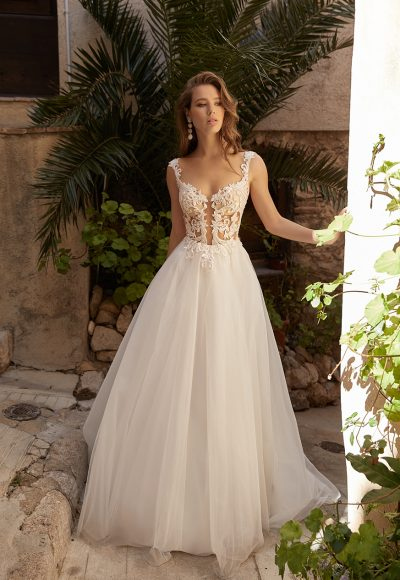 Sleeveless A-line Wedding Dress With Lace Embroidery by Vanilla Sposa