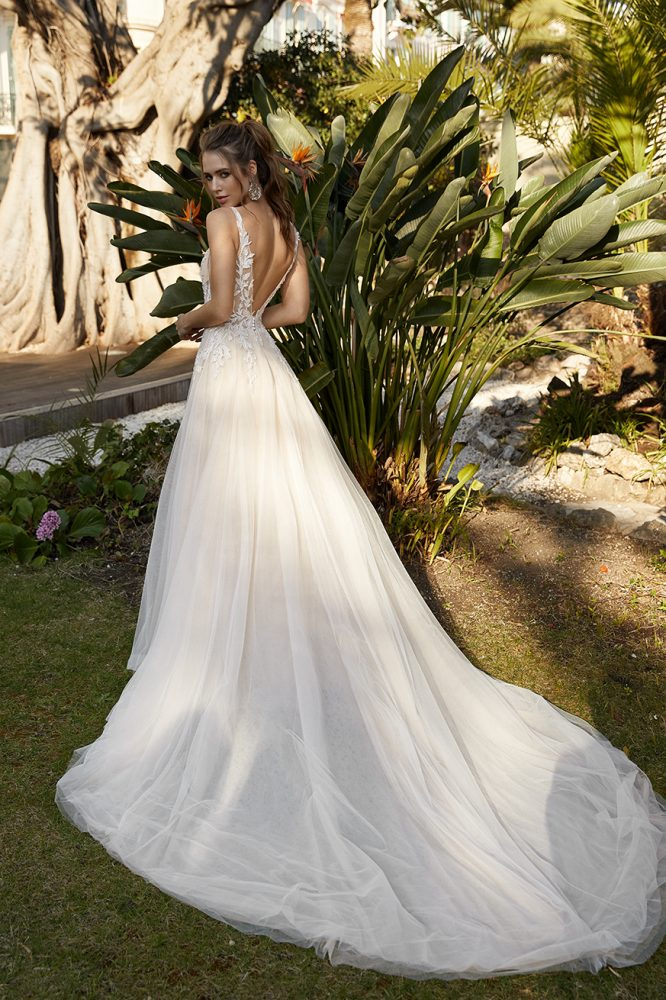 Sleeveless Deep V-neckline A-line Wedding Dress With Embroidered Lace by Vanilla Sposa - Image 2