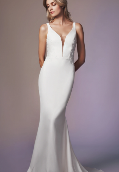 Sleeveless Sweetheart Neckline Sheath Wedding Dress by Anne Barge