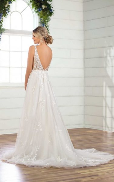 Sleeveless V-neckline A-line Wedding Dress With Tulle Skirt by Essense of Australia - Image 2