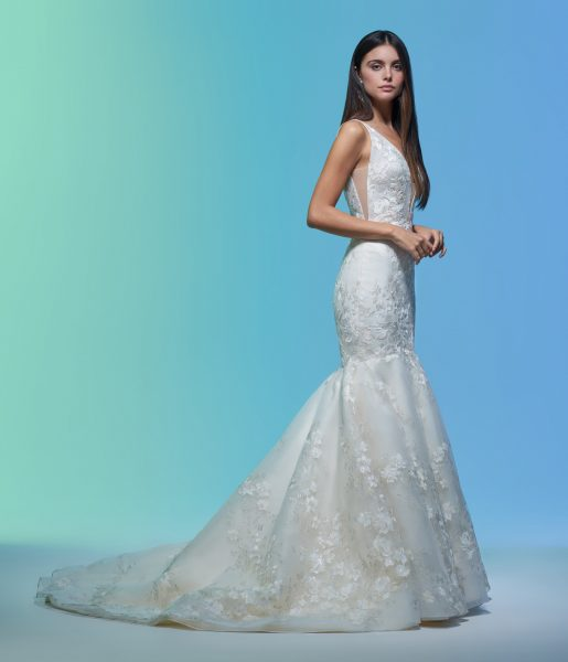 Sleeveless V-neckline Embroidered Mermaid Wedding Dress by Lazaro - Image 2