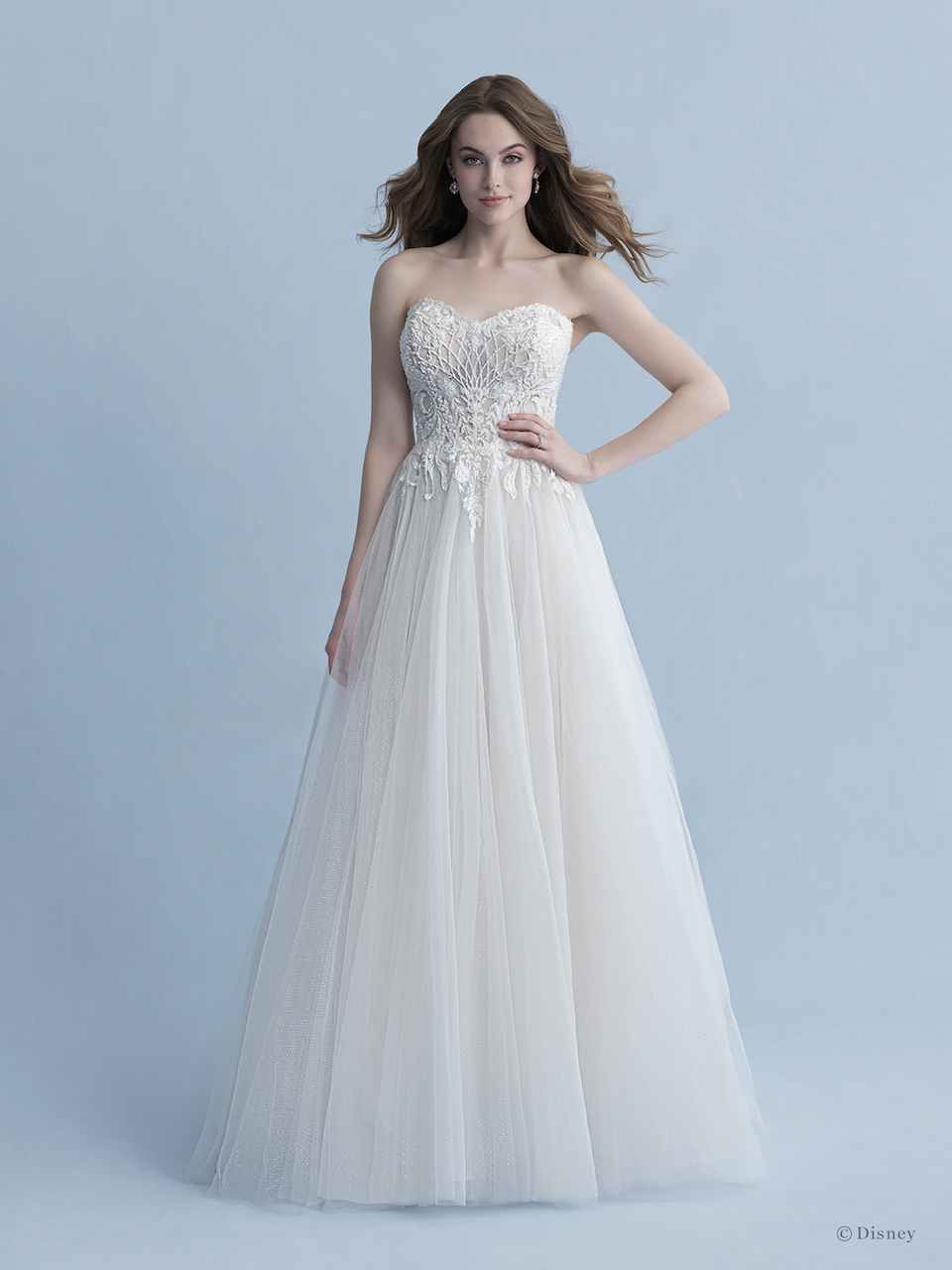 Strapless Sweetheart Neckline A Line Wedding Dress With Lace Bodice Tulle Skirt And Detachable Cape Kleinfeld Bridal