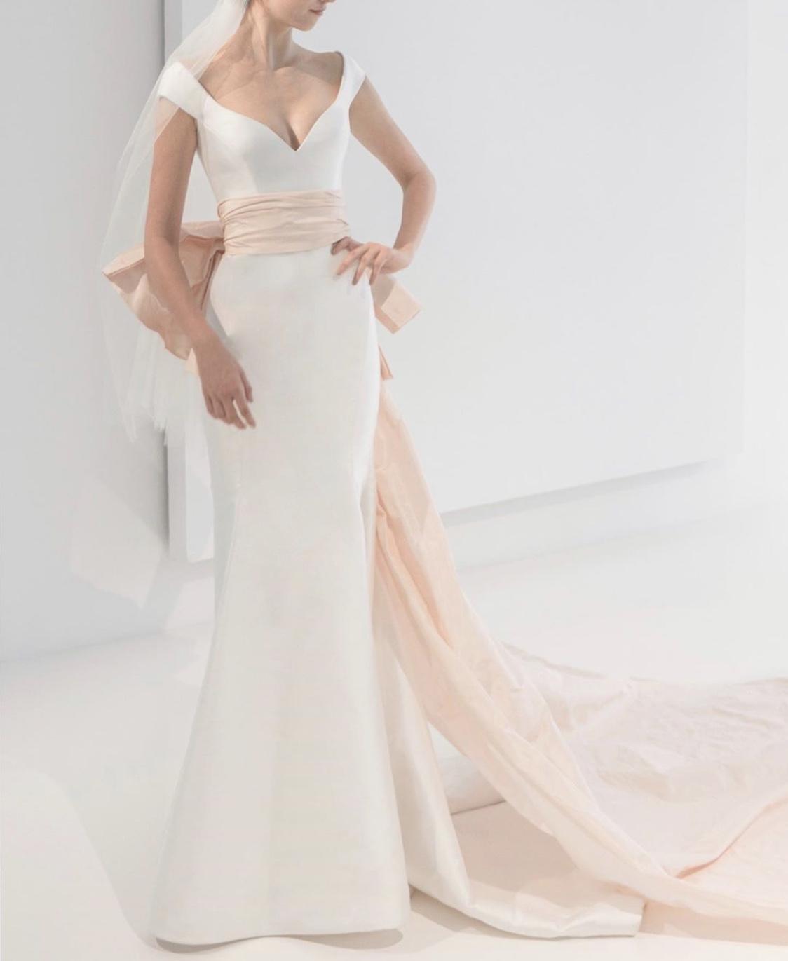 Simple Sleeveless Mermaid Wedding Dress Kleinfeld Bridal