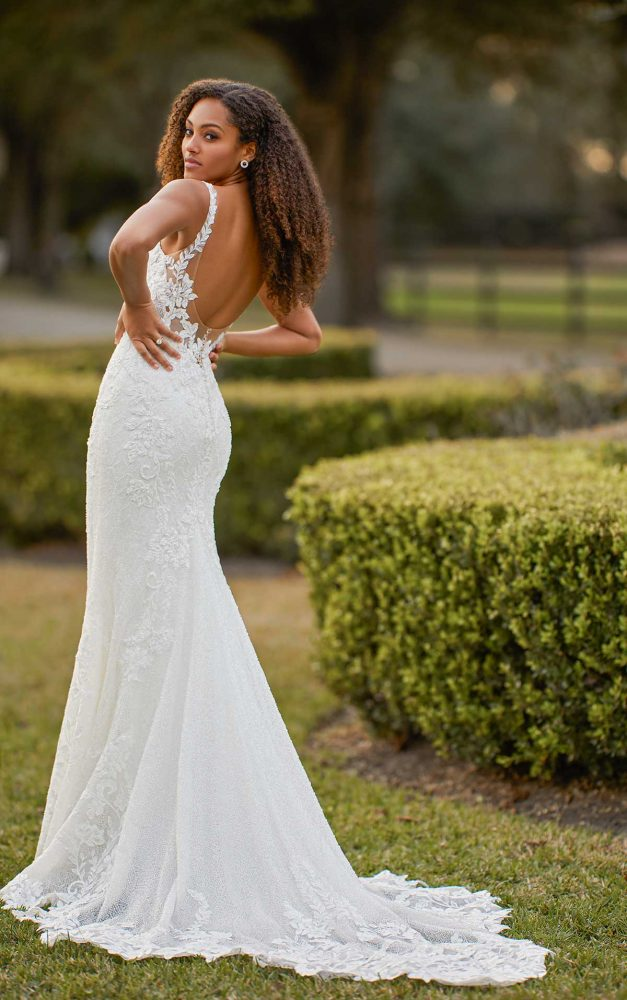Sleeveless Scoop Neck Fit And Flare Beaded Lace Wedding Dress by Martina Liana Luxe - Image 2