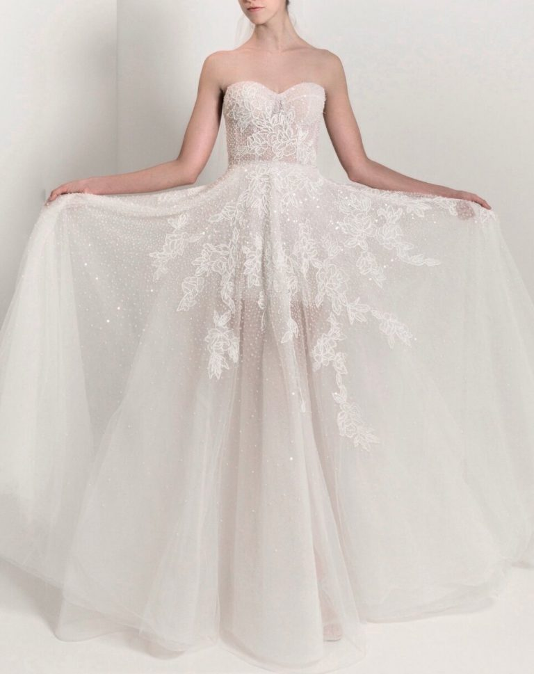 Strapless Sweetheart A-line Lace Wedding Dress by Reem Acra - Image 1