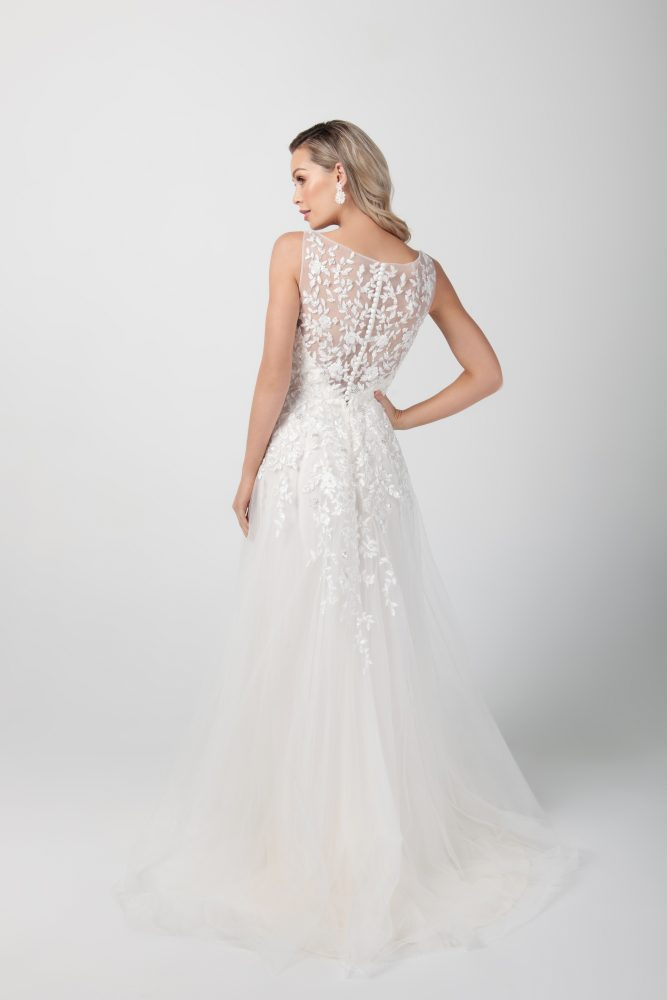 Sleeveless Beaded Applique A-line Wedding Dress by Michelle Roth - Image 2
