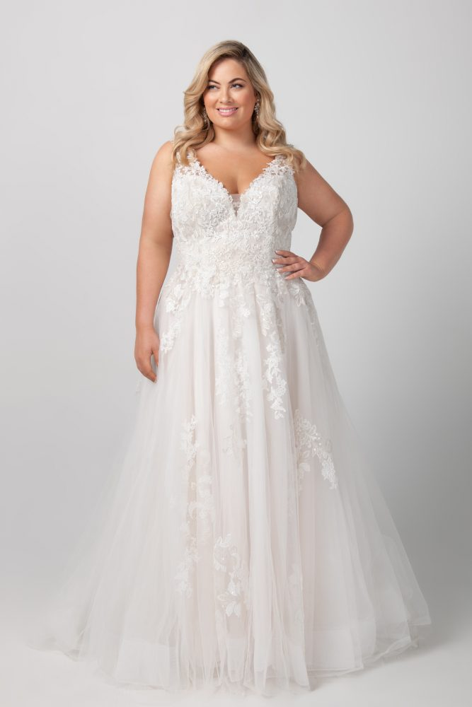 Sleeveless V-neck Beaded Lace A-line Wedding Dress by Michelle Roth - Image 1