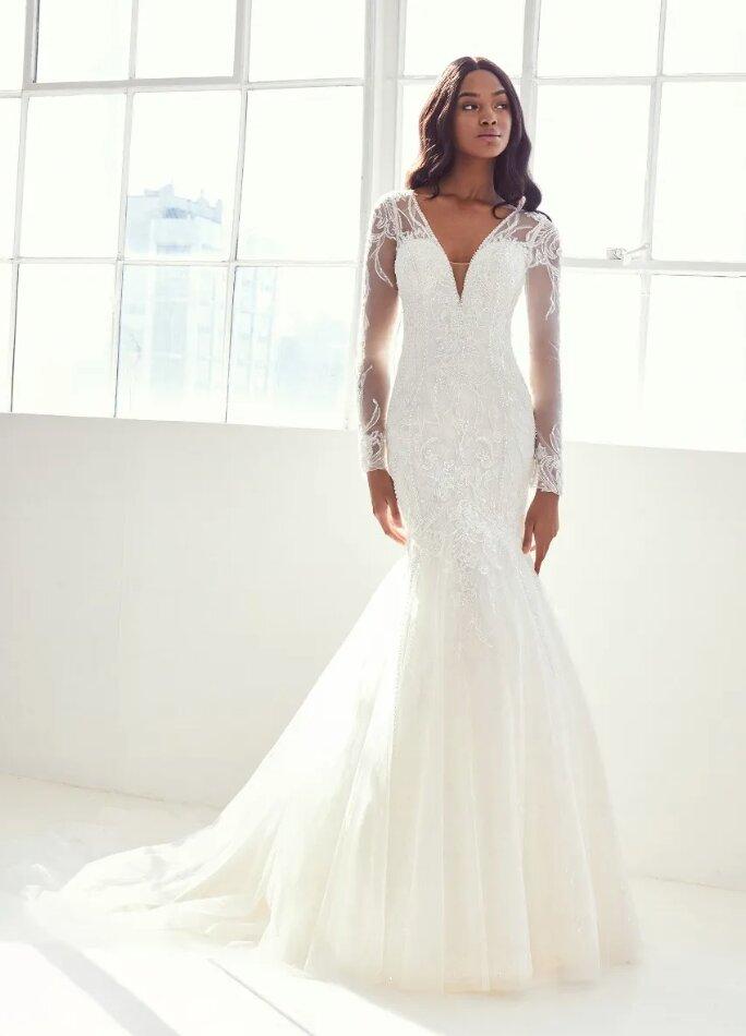 Long Sleeve V-neck Wedding Dress by Pronovias - Image 1