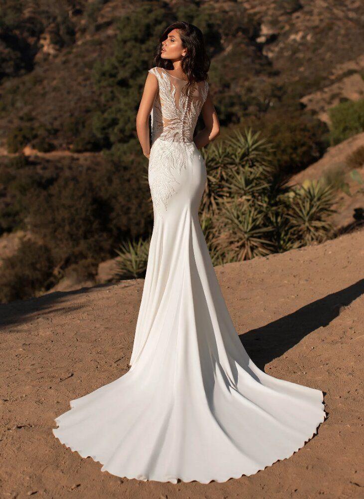 Sleeveless Crepe Mermaid Wedding Dress by Pronovias - Image 2