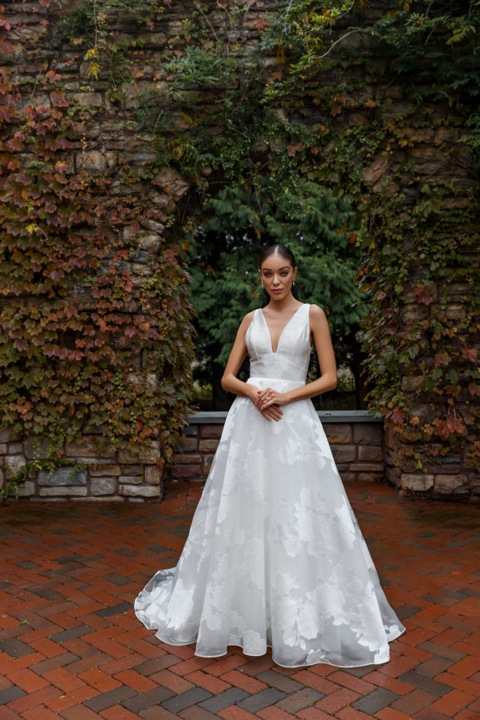 5 New Wedding Dresses Perfect For 2021 Brides Kleinfeld Bridal