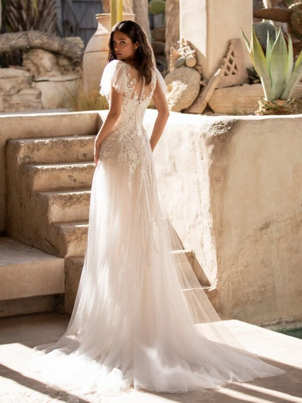 Flared Wedding Dress With V-neck And Tattoo-effect Back In Embroidered Tulle by Pronovias - Image 2