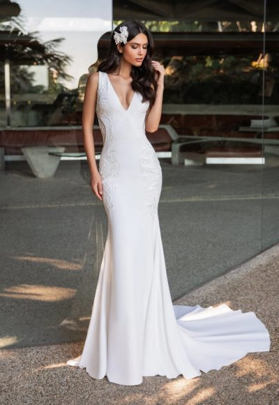 Mermaid Wedding Dress In Crepe With A V-neck by Pronovias