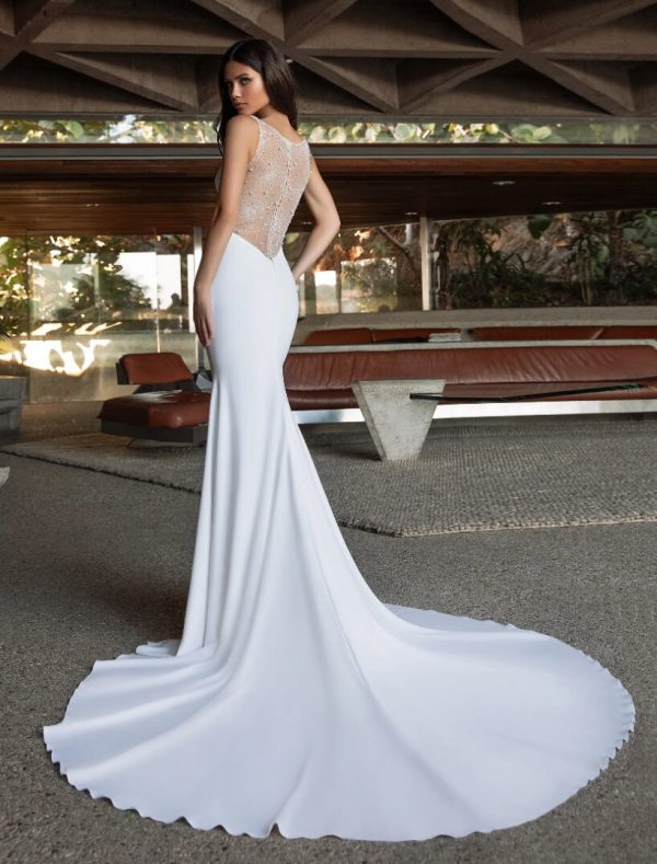 Mermaid Wedding Dress In Crepe With V-neck by Pronovias - Image 2