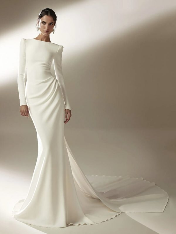 Mermaid Wedding Dress With Bateau Neckline And Long Sleeves In Crepe by Pronovias - Image 1