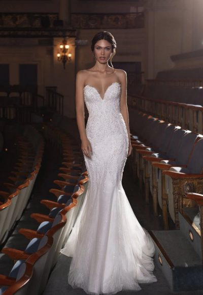 Mermaid Wedding Dress With Sweetheart Neckline, Open Back And Beading by Pronovias