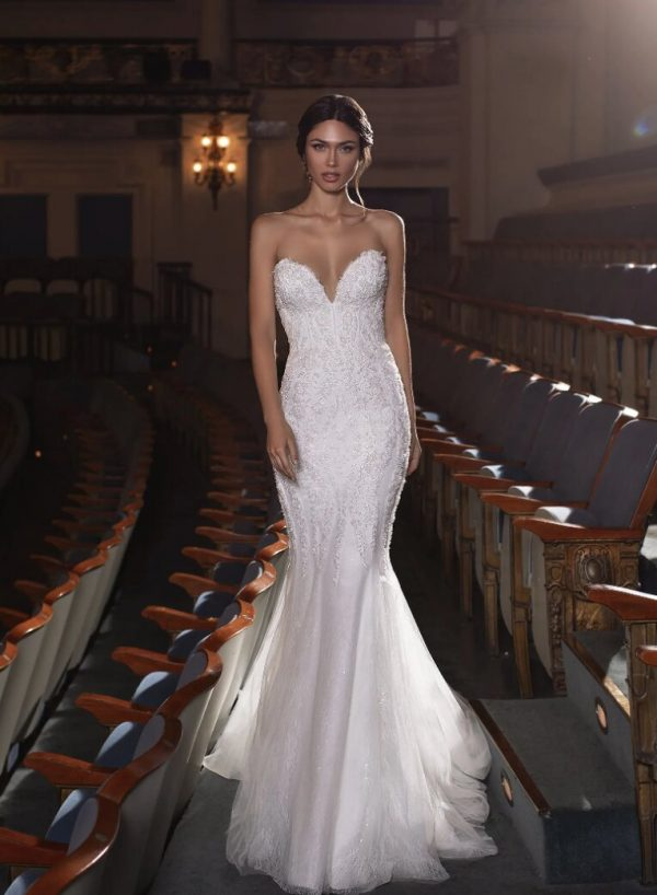 Mermaid Wedding Dress With Sweetheart Neckline, Open Back And Beading by Pronovias - Image 1