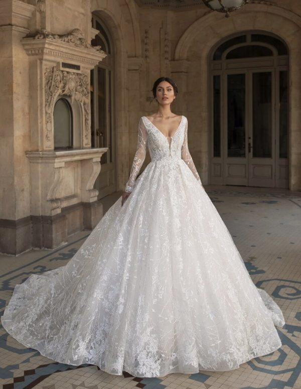 Princess Wedding Dress With V-neck And Long Sleeves In Embroidered Tulle